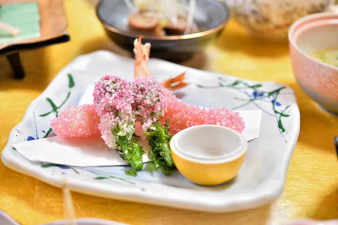 揚物 海老と菜の花桜揚げ